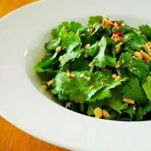 ファンの幸せはここに極まれり!パクチーもりもりサラダレシピ | レシピブログ - 料理ブログのレシピ満載!