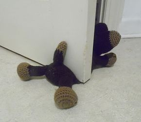Doggie Door Prop A Crochet Pattern by Carla Scull