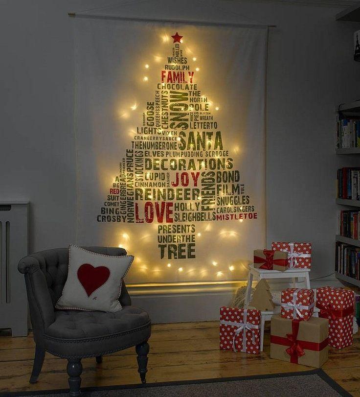 sapin de Noël original en toile imprimée, décoré de guirlandes lumineuses