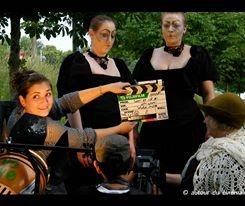 """""""Les Gardiennes d'Horodateurs""""  PRODUCTION : Autour du Cinéma  REAL : Emilie Michel"""