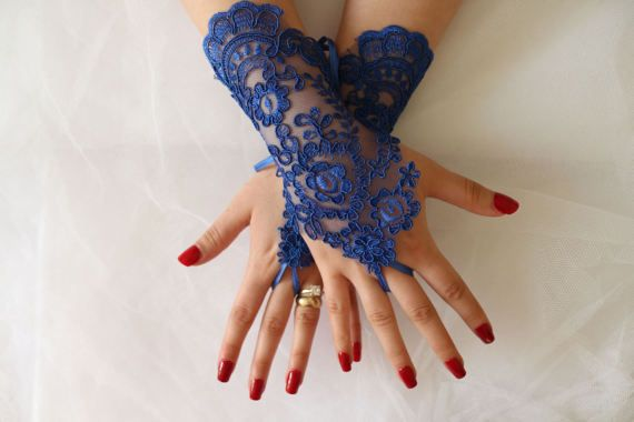 WEDDİNG GLOVES   Wedding Gloves,Royal Blue,Lace Gloves,Fingerles,Costume Gloves, Bridal Lace Gloves,Wedding Accessories  Wedding Gloves,Royal Blue,lace Bridal beach wedding, garden wedding, a unique design for spring weddings. great photos to remember your loved ones happy days. stylish and comfortable, aesthe  french lace used is very delicate and special. Unique and special. Only a custom design you can see my shop. strap attached. use special gloves are quite comfortable.  Same Lace…