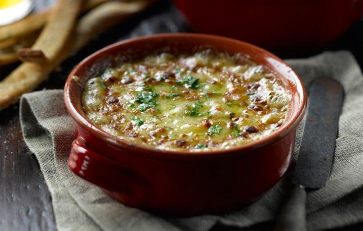 Onion Cheese & Ale Dip
