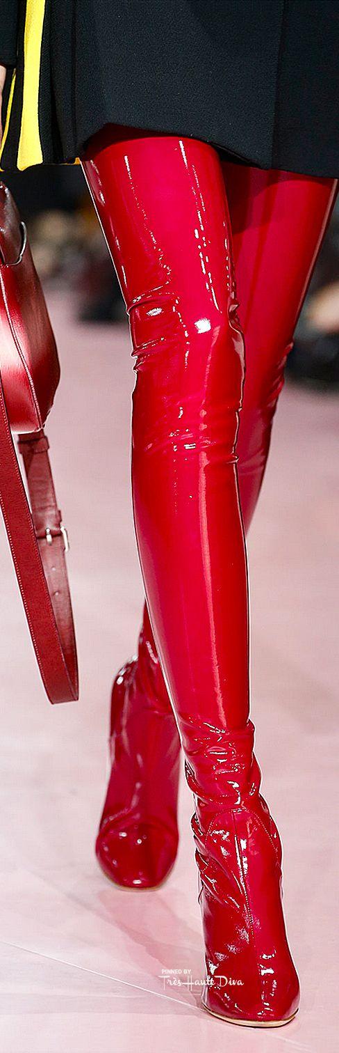Frivolous Fabulous - Christian Dior Fall 2015 RTW detail ♔Très Haute Diva♔