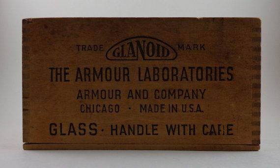 The Armour Laboratories One Grain Thyroid Tablets wooden box.