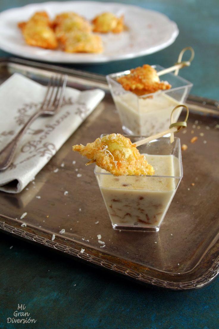 Mi Gran Diversión: Raviolis fritos con salsa de champiñones y cebolla