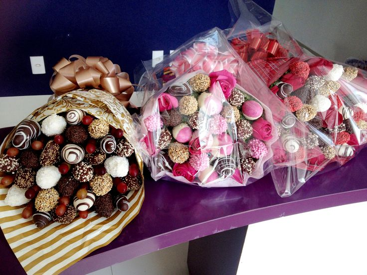 Buque de Morangos e Chocolate