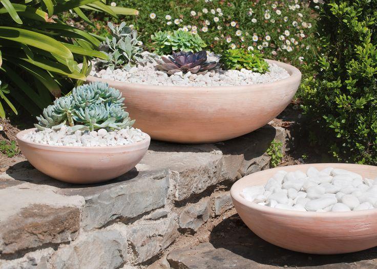 Les 7 meilleures images du tableau les poteries jardin sur for Vasque pot de fleur