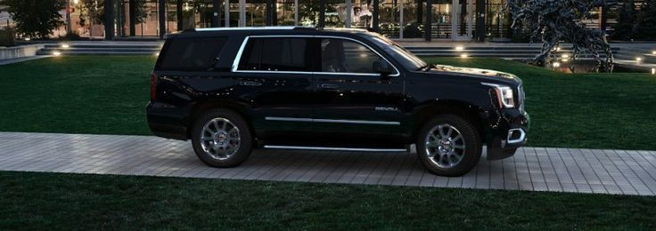 Color Visualizer for the 2015 GMC Yukon Denali – Summit White and Onyx Black