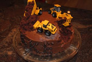 Easy box cake construction birthday cake...just bake, break and ice! #boysbirthday #constructionbirthdaycake #constructionparty