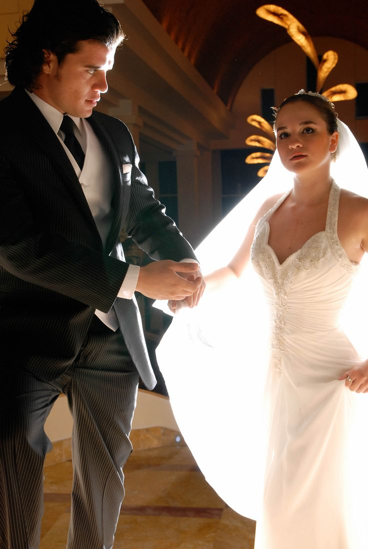 www.weddingpicturescancun.com by Art and Photo
