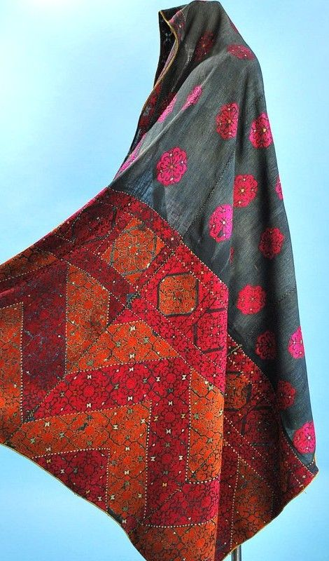 Early 20thc Swat Embroidered Phulkari Head Cloth Indigo Ground