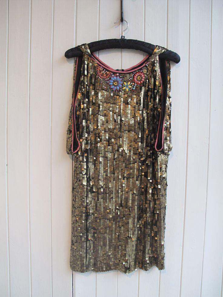 Show stopper dress #noctune #goldsequin #partydress