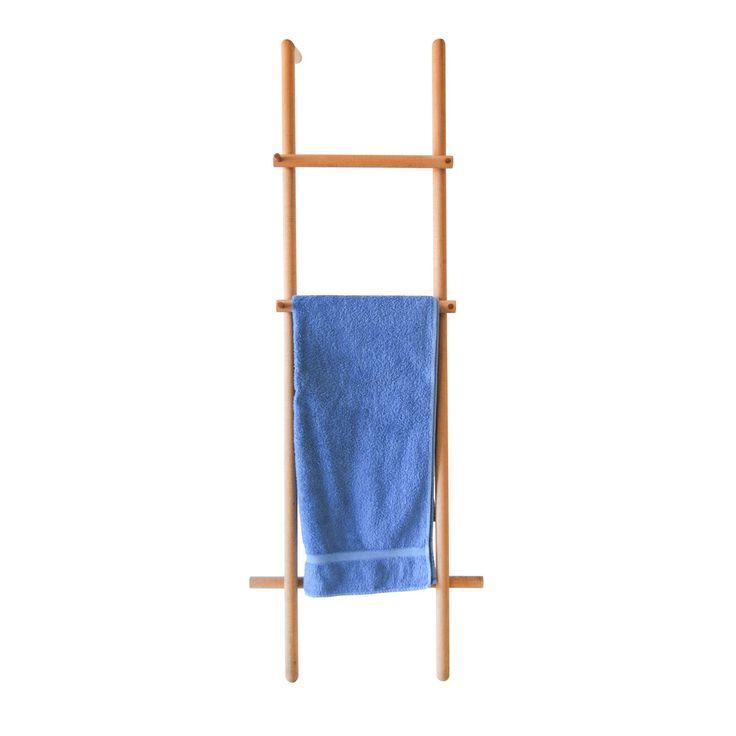 Articolo: IT103Un porta asciugamani che viene solo appoggiato alla parete; niente buchi sul muro