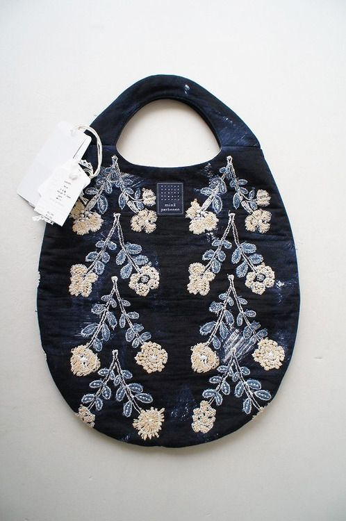 jada111: mina perhonen : twins egg bag navy | Sumally (サマリー)