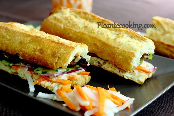 Бан Ми Га - вьетнамский бутерброд с курицей (Bánh Mì Gà)