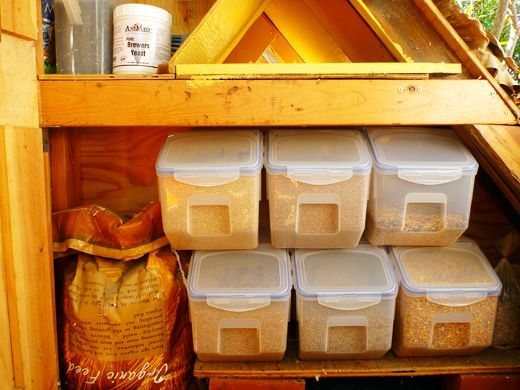 Garden Betty's Homemade Whole Grain Chicken Feed