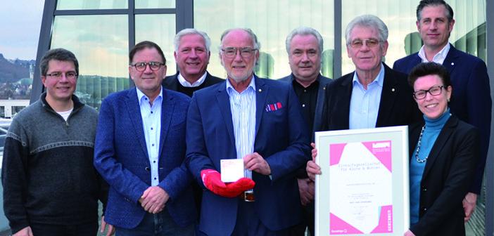 BRANCHENNEWS: DER KREIS gewinnt Auszeichnung für seine kuechenspezialisten.de-Plattform http://www.wohnendaily.at/2017/12/der-kreis-gewinnt-auszeichnung-fuer-seine-kuechenspezialisten-de-plattform/?utm_content=buffer3fa21&utm_medium=social&utm_source=pinterest.com&utm_campaign=buffer