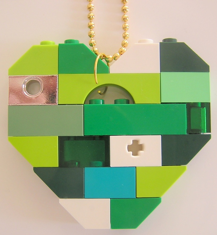 LEGO heart collectible (Single thickness) Model 3 on a 24 Silver/Gold plated ballchain
