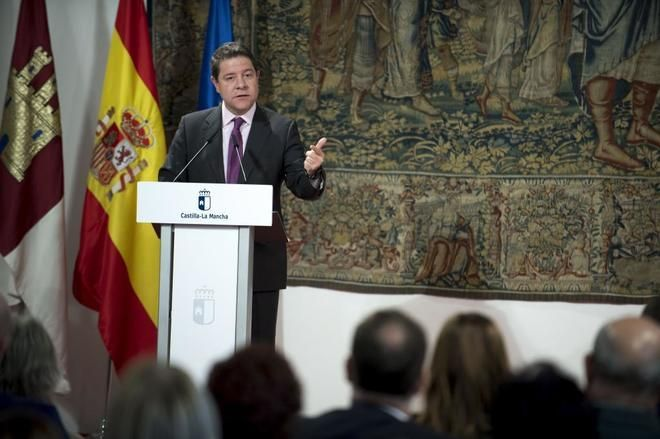 Podemos tumba los Presupuestos de Page y reaviva la guerra con el PSOE
