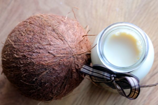 mleko kokosowe  SKŁADNIKI: 100 g wiórków kokosowych 600 ml wody