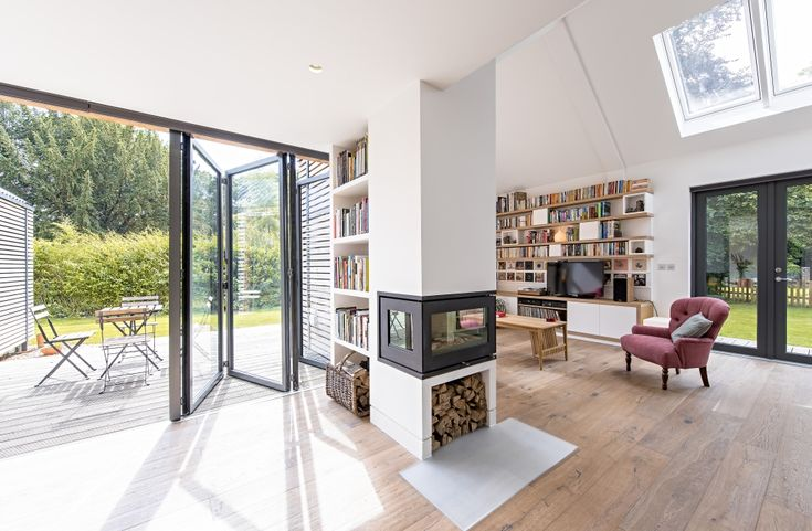 Sunflex SF55 aluminium bi-folding doors installed by Olsen. To find out more about our bifolding doors visit - http://sunflexuk.co.uk/bifold-doors/aluminium-sf55-sf75/