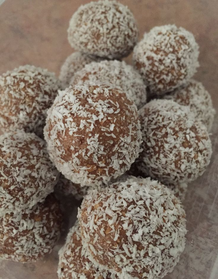 If something is quick, easy and tasty – I'll be trying it! So when I came across a recipe for Milo Balls, I couldn't wait to make them. I love milo, I love making (and eating) tru…