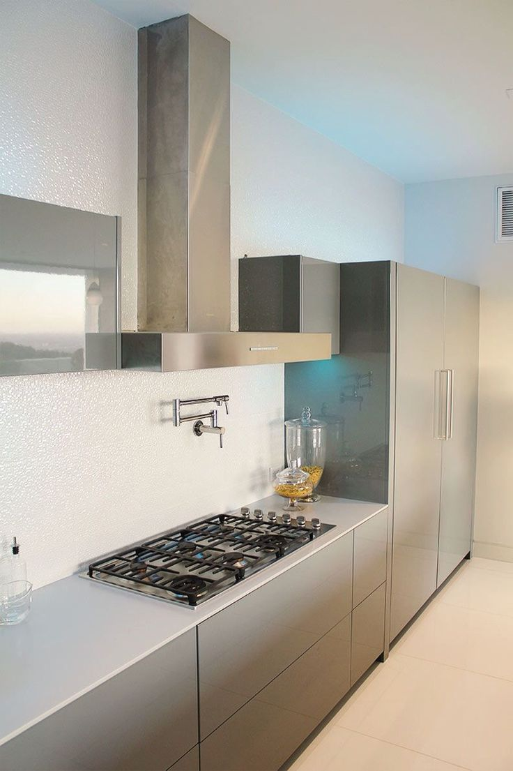 About alno modern kitchens on pinterest modern kitchen cabinets - Now Look At That Stove Also Love The Water Faucet Over The Stove Makes Easy For Boiling Water