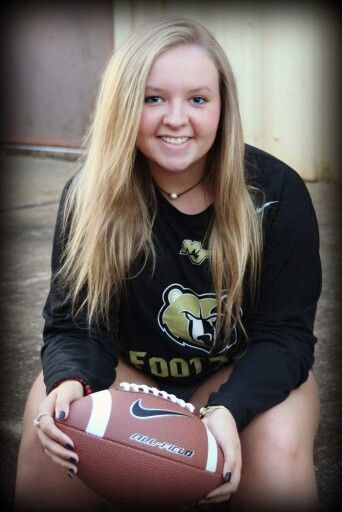 Senior pictures/Varsity football manager Mt. Juliet, TN - senior photography