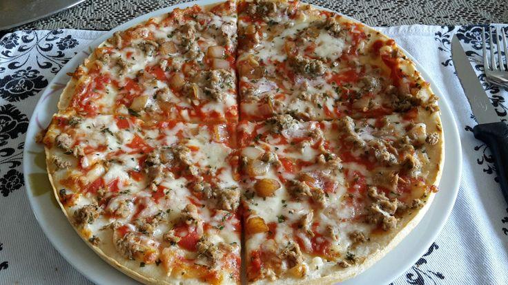 pizza tonijn