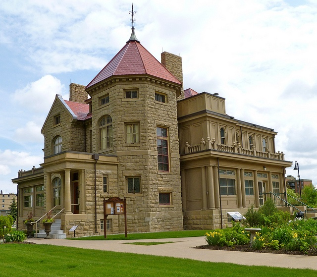 *Beltline (Connaught)... Senator Lougheed Residence. A Provincial Historic Resource and a National Historic Site, the house and grounds have been beautifully restored.... Click photo for more information... Photo by: BillLongstaff, via Flickr