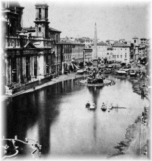 """Il """"Lago di piazza Navona"""" divenne una consuetudine estiva e per quasi due secoli, il sabato e la domenica del mese di agosto, la piazza si allagava, finché, nel 1866, sotto Pio IX, il divertimento venne sospeso."""