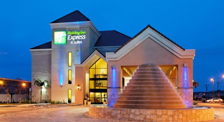 Holiday Inn Express Lathrop - South Stockton Lathrop Located off Interstate 5, this hotel features a heated indoor pool and serves a daily hot buffet breakfast. It offers rooms with free Wi-Fi.  Children's Museum of Stockton is 10 miles away.