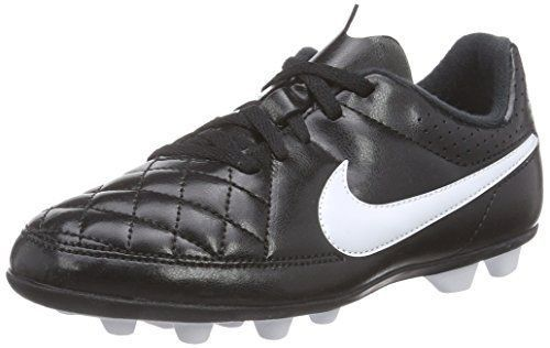 Why are toddler soccer cleats/shoes for boys and girls hard to find?Where can l buy one?Read this article to find answers and where to buy the best cleat. #soccerBoysandGirls