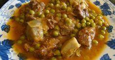 Fabulosa receta para Ternera a la jardinera en olla rápida. Una ternera deliciosa con tomates, cebolla, guisantes, vino blanco y alcachofas