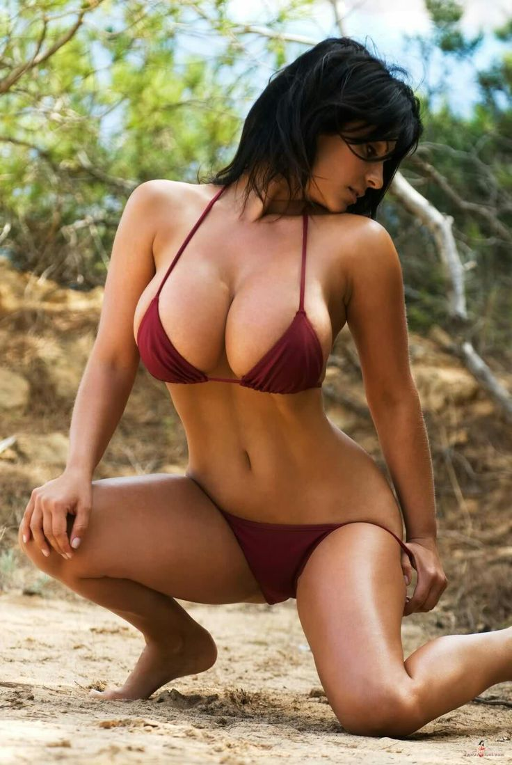 Big Boobs Bikini Models