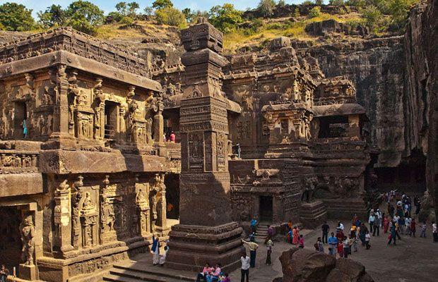 Beleza monumental das grutas de Ellora, na Índia  | #Budismo, #Cavernas, #EpochTimes, #GrutasDeEllora, #Hinduísmo, #Índia, #Jainismo, #Kailash, #Maharashtra, #Monastérios, #MontanhasCharanadari, #Templos