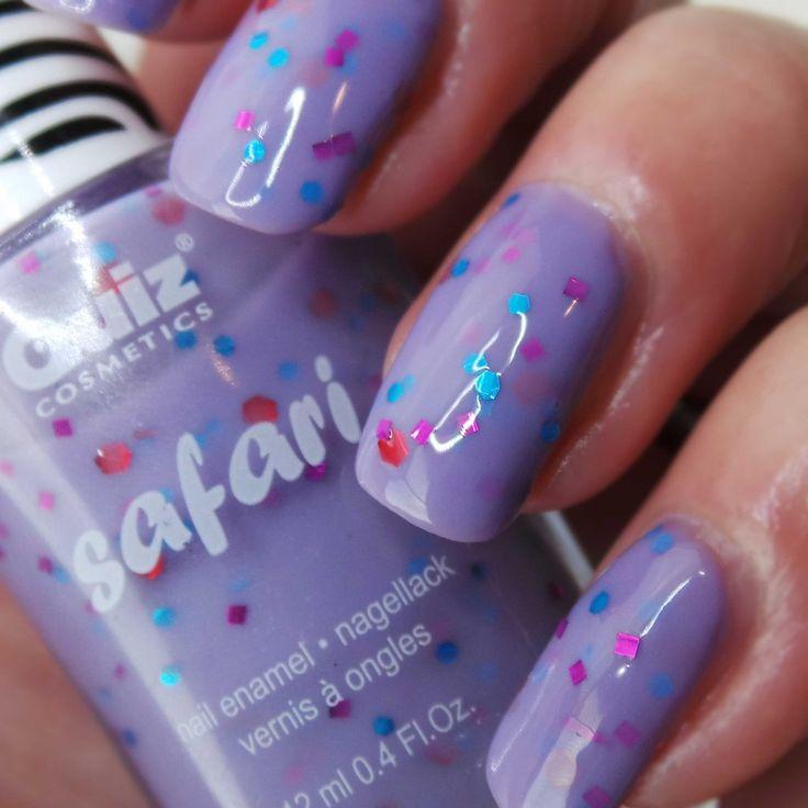 Safari paarse nagellak met glitters! De Safari dots lakken zijn te koop in de shop www.getyournailsdone.nl