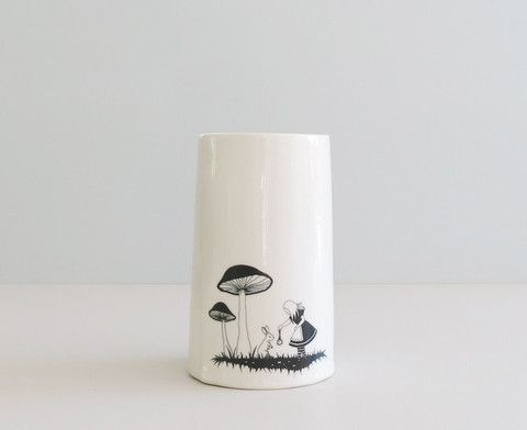 "Vase XL ""Alice - white rabbit"" sort"