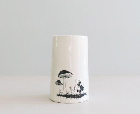 "Vase XL ""Alice - white rabbit"" sort"