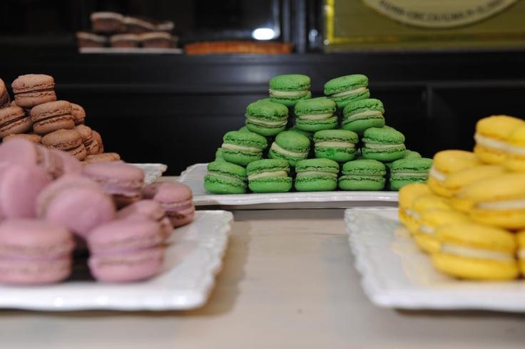 Un mare di dolci al ristorante Dolce di #Roma #Italia #Ristoranti   http://www.facebook.com/pages/Dolce/232055466855052