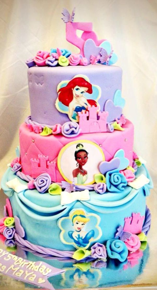 Birthday Cake Pictures Of Princess : 1096 best images about Princess Cakes on Pinterest ...