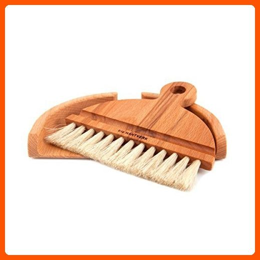 handcrafted table dustpan and brush by Iris Hantverk - Made of wood (*Amazon Partner-Link)