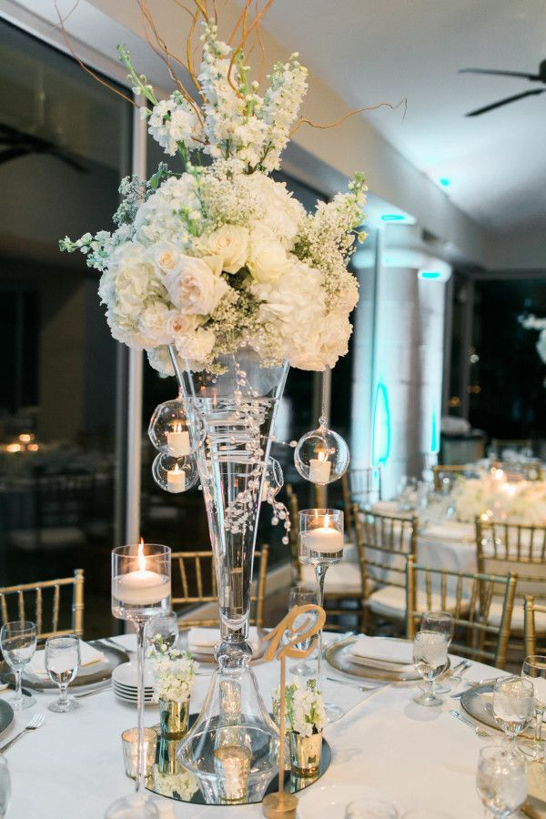 Wedding centerpieces 10 handpicked ideas to discover in for Black table centrepieces