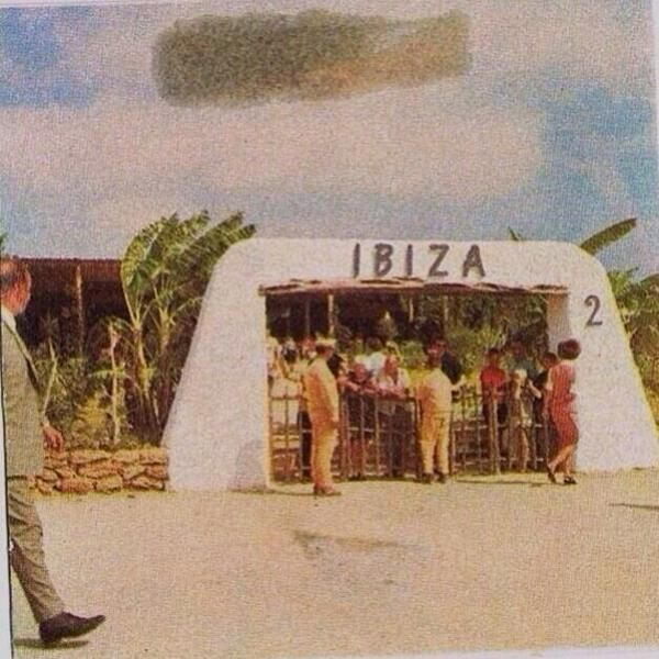 Great pic of the arrivals at #Ibiza airport in 1960.