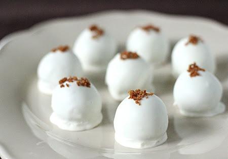 Pumpkin Cream Cheese Truffles | Desserts | Pinterest