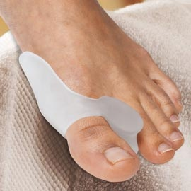 Wear your shoes comfortably all day with the support of the Gel Bunion Toe Spreader.