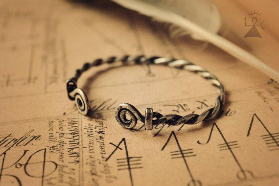 Custom viking bracelet  Celtic bracelet  Viking by LoitsuCrafts