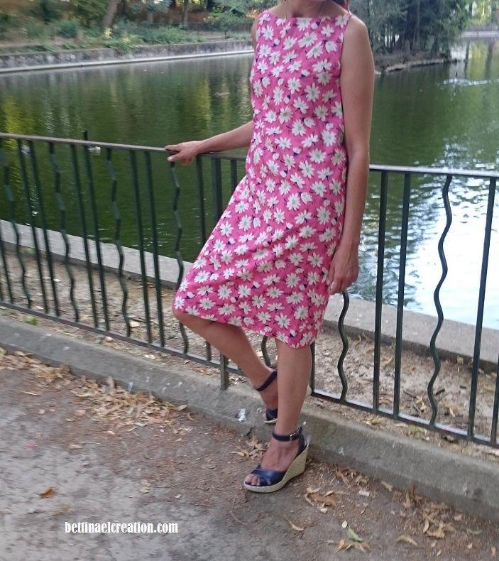 Cousu Main en moins de 2h, ma dernière cousette ma robe trapèze d'été fleurie, j'ai créé mon patron sur mesure et copier les emmanchures d'un tee-shirt  Diy summer dress