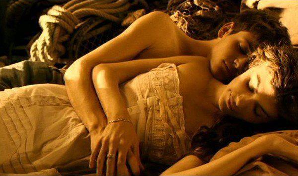 6 Largo Domingo de noviazgo de Jean-Pierre Jeunet (2004)  7,8 punts a IMDb. Adaptació sobre la novel•la de Sebastien Japrisot; una jove francesa (Audrey Tautou) va a buscar al seu promès que està ferit i perdut en alguna banda del front.