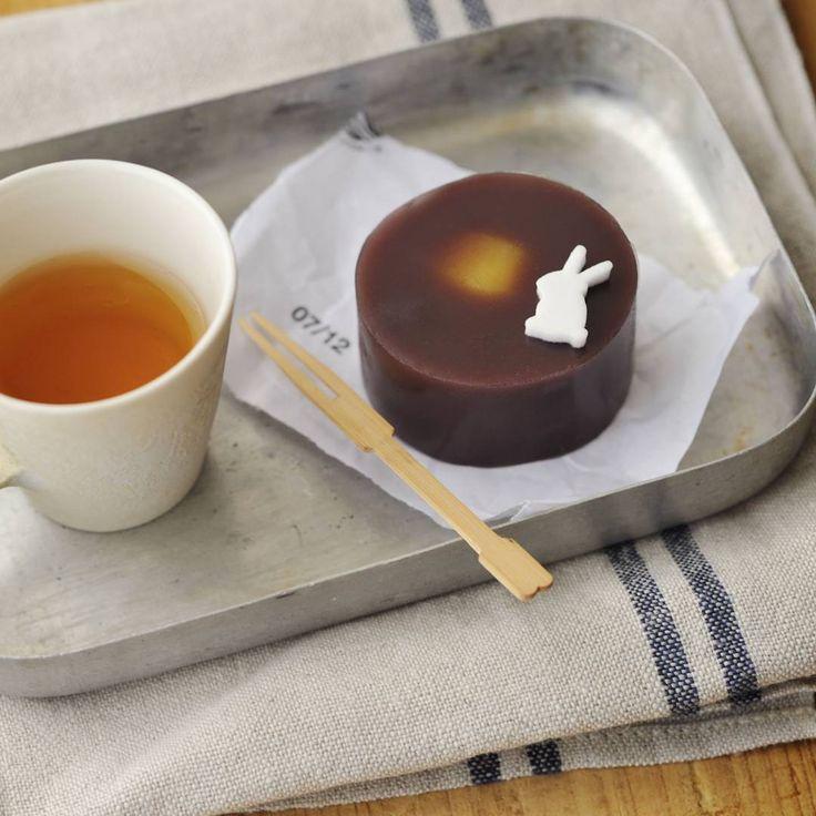 月うさぎ/tukiusagi/秋の和菓子(Photo by @mimuken2) #和菓子#和菓子作り#手作り#お茶会#練り切り#ユイミコ#cawaii#wagashi#sweets#japanesesweets#月うさぎ